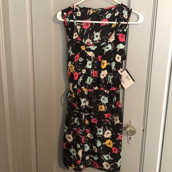 BeBop Dresses & Skirts - Floral dress